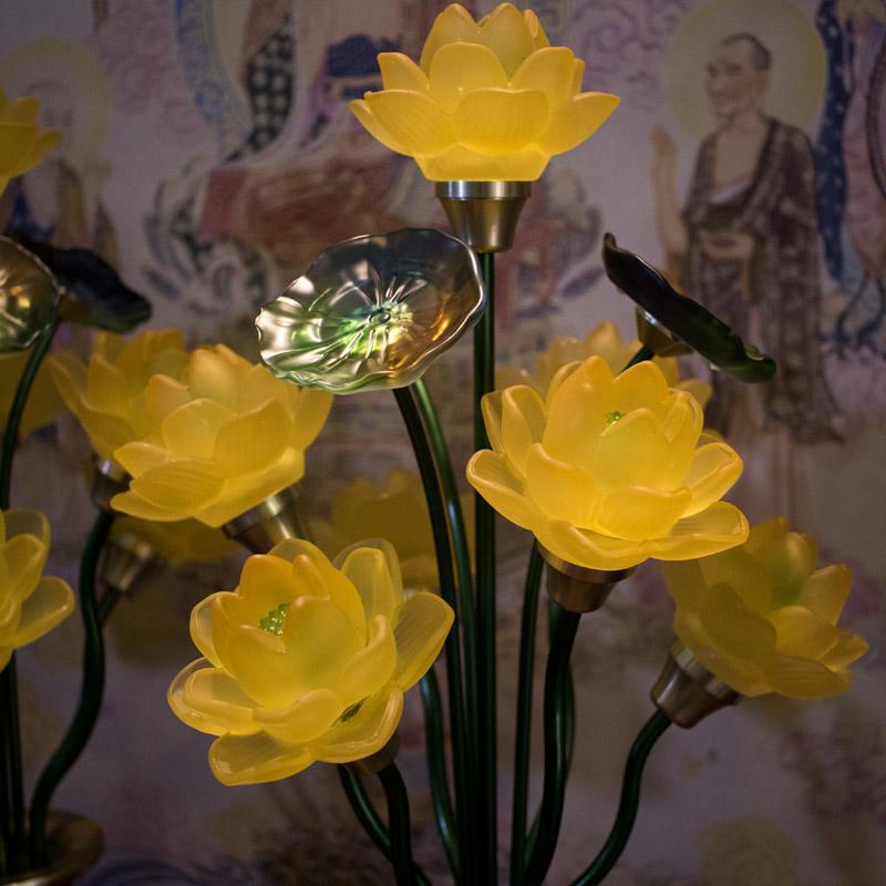 Đèn thờ hoa sen 7 bông